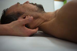 massage-nackenschmerzen